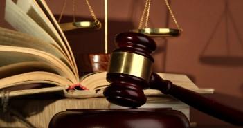 bírósági-kalapács