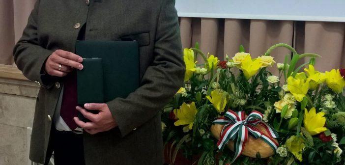 Kitüntették dr. Sándor Gyulát